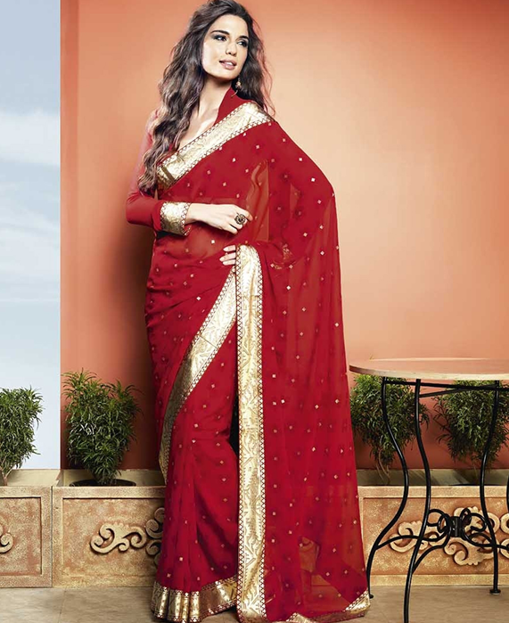 Tips for Choosing the Perfect Red Saree With Golden Border