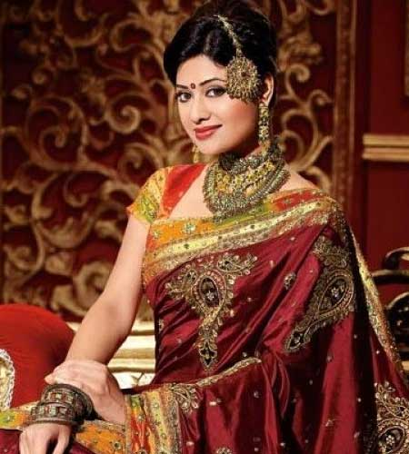 Tips for Selecting the Best Fancy Saree for Wedding